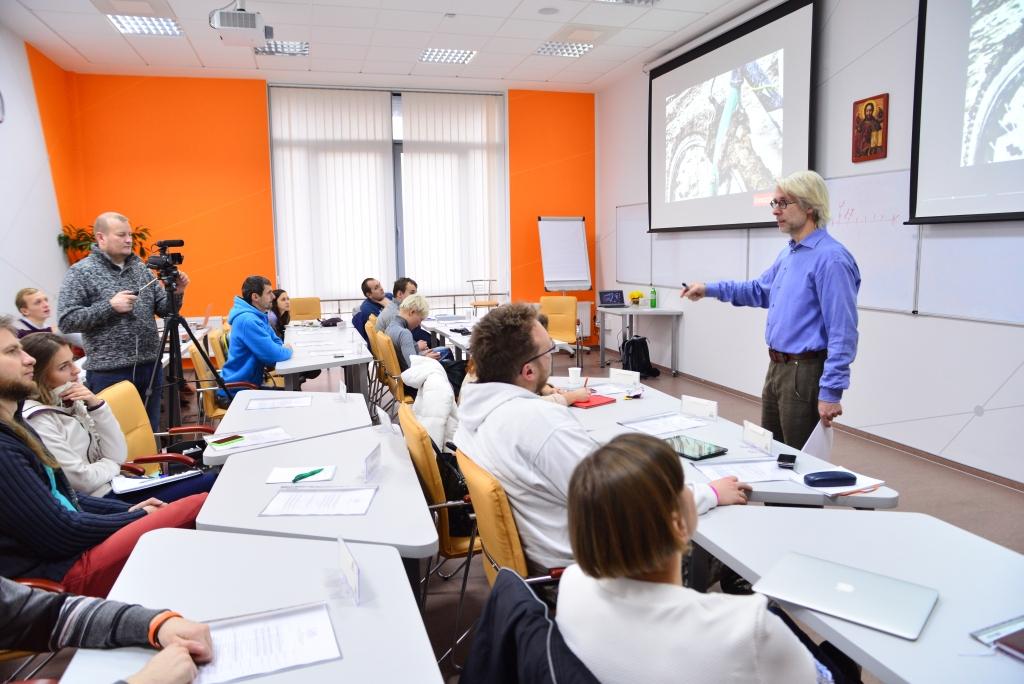 Sjur Dagestad, професор NTNU на лекції у LvBS