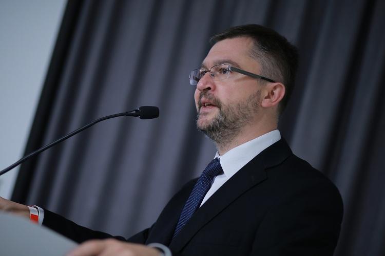 Oleksandr Kobzarev